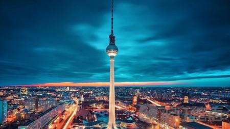 柏林旅游必到之处:电视塔