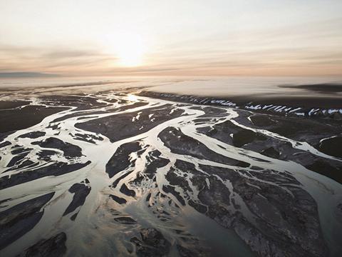 英语口语交际_宛如油画:叹为观止的编织河景观 河塞雷!