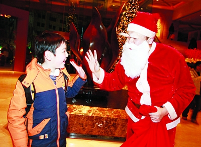 How Do People in China Celebrate Christmas?中国人怎么过圣诞节_ ...